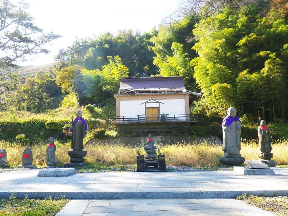 동일본대지진으로 피해를 입고 아직까지 재건되지 못한 사찰. 사진출처=프레지던트 온라인