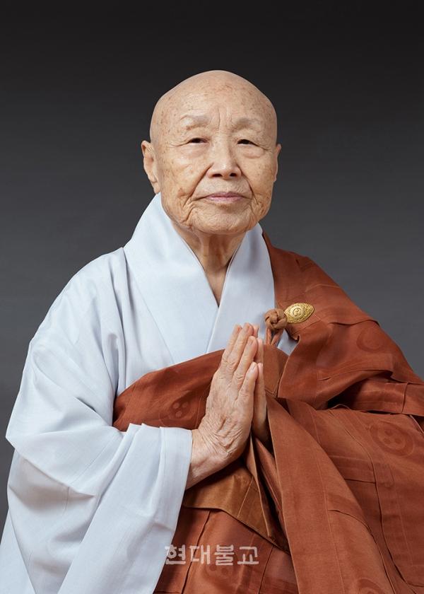 한국 비구니계 원로이자 조계종 명사인 태허당 광우 스님이 7월 18일 주석처인 서울 삼선동 정각사에서 원적에 들었다.