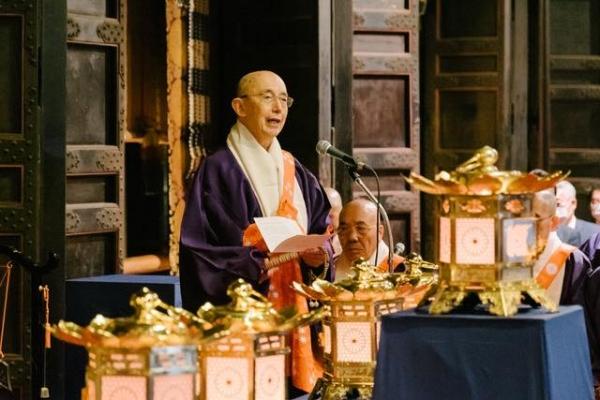 근본중당에서 분등된 '불멸의 법등'을 소개하는 타다 도유 일본 천태동 종무총장 스님. 사진출처=불멸의 법등 전국행각 공식 페이스북