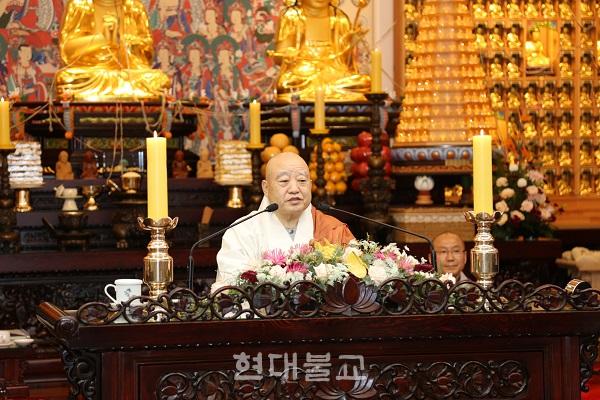 """원행 스님은 """"동림선원은 불교 문화의 선구자이자 좋은 예가 되어 주고 있다""""고 말했다."""