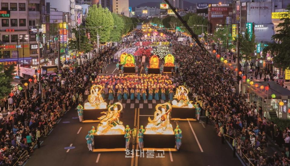 국가중요무형문화재 제122호 연등회는 지난 12월 16일 유네스코 인류무형문화유산으로 등재됐다.